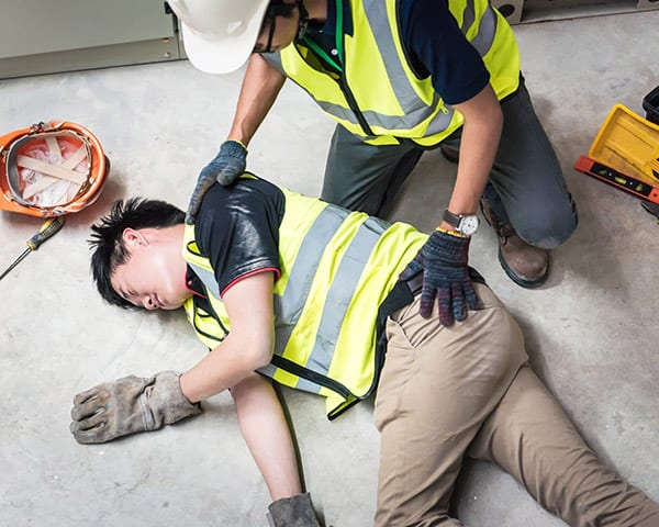 Emergency-First-aid-at-work course