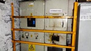 Contractor receives injuries when switchgear was not isolated
